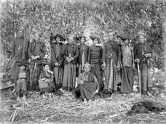 "Mount Sibayak - The ""Sibajak raja berampat"", the so-called four princes with their wives, Karolanden, North Sumatra (1914-1919)"