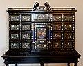 Cabinet sala di Ercole Palazzo Vecchio n01.jpg