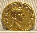 Caligola, aureo per germanico, 37-41 ca. 01.JPG