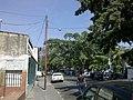 Calle de acceso al Hospital de cagua (Vista al Oeste) - panoramio.jpg