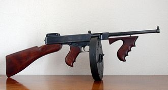 Thompson submachine gun - M1921 Thompson with forearm grip and drum magazine