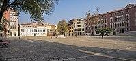 Campo San Polo (Venice).jpg