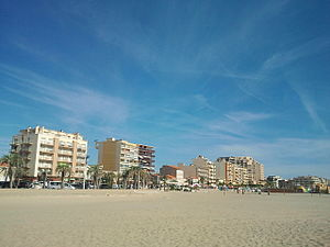 Canet-en-Roussillon - The sea front and the beach at Canet-en-Roussillon