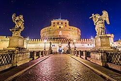 Castel Sant'Angelo, Roma, Italia (16346546165).jpg