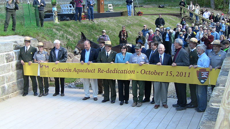 Catoctin Aqueduct Rededication 15 Oct 2011 from NPS.jpg