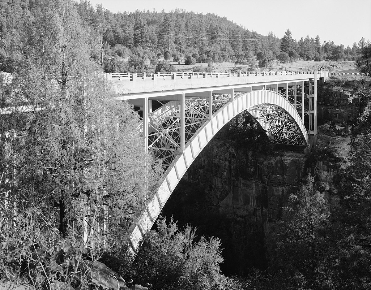 Cedar canyon bridge wikipedia for Ceader creek