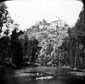 Château de Najac, vue prise des bords de lAveyron (2971778258).jpg