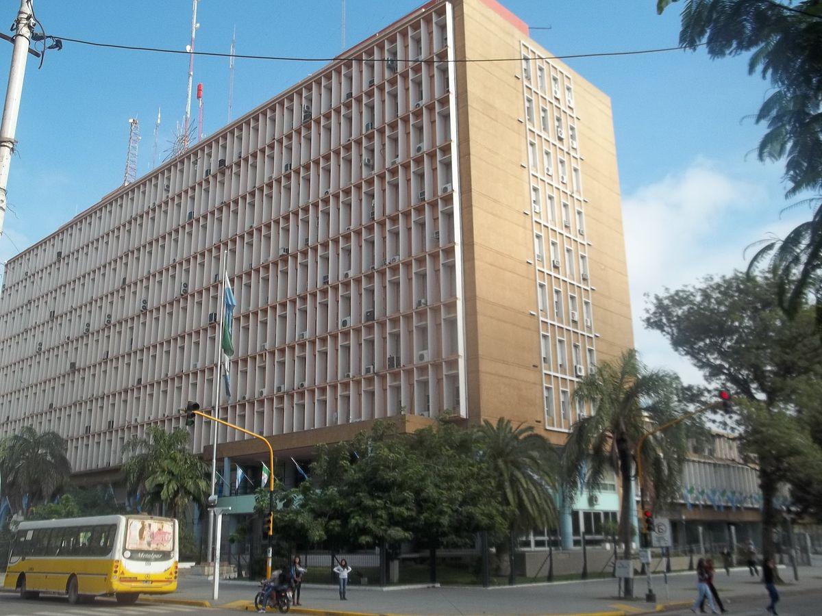 Casa de gobierno del chaco wikipedia la enciclopedia libre for Muebles de oficina resistencia chaco