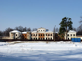 Chernishev's estate (Yaropolets).jpg