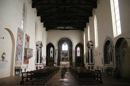 Chiesa di Sant'Agostino a San Gimignano interno