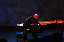 Christian Wolff prepared piano performance 2007 Feb.jpg