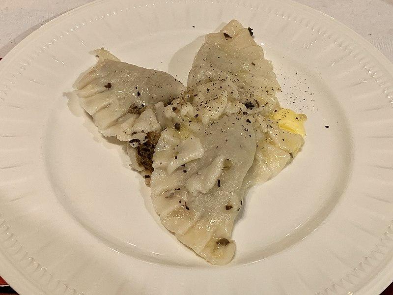 Comida típica polonesa Pierogi