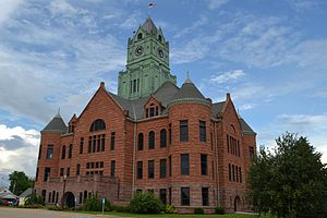 Clinton County Courthouse (Iowa) - Image: Clinton County Courthouse; Clinton, Iowa; June 29, 2013 (2)
