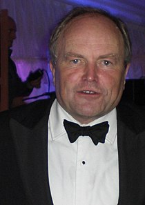 Clive Anderson at Selwyn May Ball -21June2008.JPG