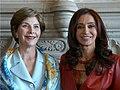 Cristina Fernández de Kirchner - Laura Bush.jpg