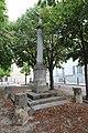 Croix devant l'église à Bièvres.jpg