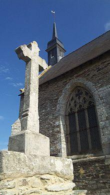 [Image: 220px-Croix_et_Chapelle_Saint-Antoine_-_56800.JPG]