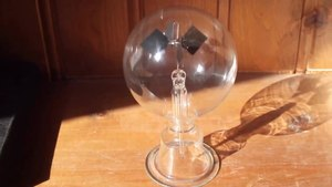 File:Crookes Radiometer in action.webm