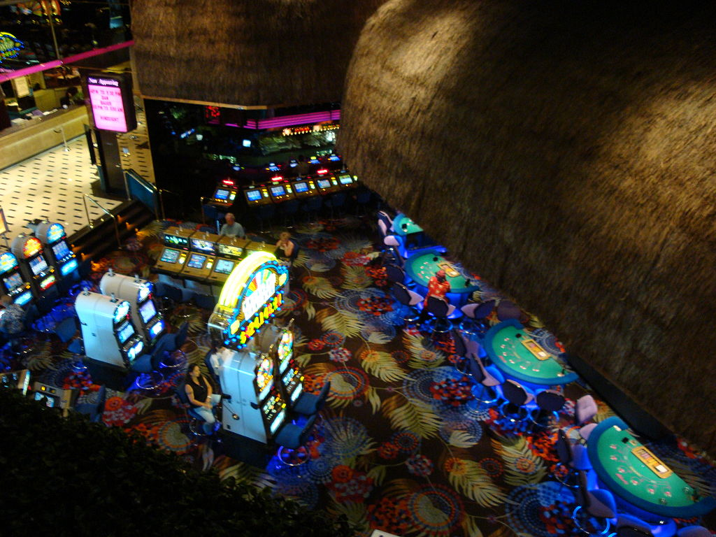 Atlantis Casino Resort Spa Featuring Concierge Hotel Tower