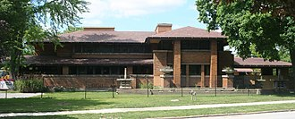 Frank Lloyd Wright - Darwin D. Martin House, Buffalo, New York (1904)