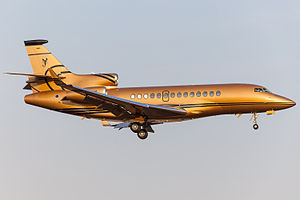 Dassault Falcon 7X on finals at Vnukovo International Airport.jpg