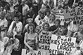 Demonstratie werknemers gemeentelijk schoonmaakbedrijf WSBZ tegen privatisering, Bestanddeelnr 934-2532.jpg