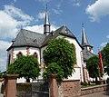 """Der älteste Teil der katholischen Kirche """"St. Bartholomäus"""" stammt aus dem 12. Jahrhundert. - panoramio.jpg"""