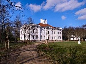 Georgium - Image: Dessau,Schloss Georgium und Blumengartenhaus