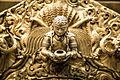 Detalle de escultura en Swayambhunath (8512766427).jpg