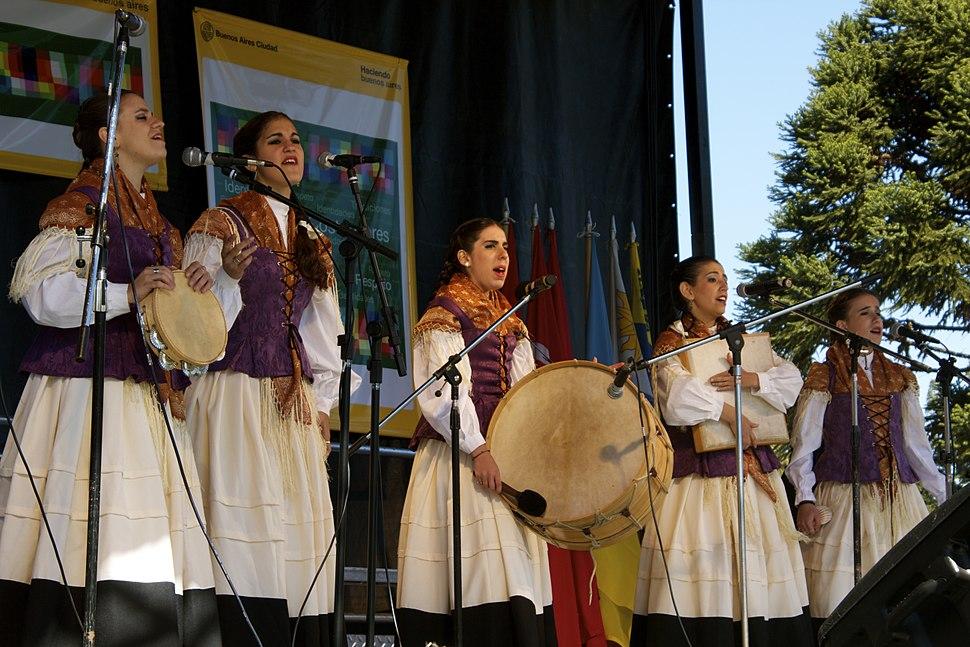 Dia del Inmigrante Buenos Aires 2010 - Galicia 02