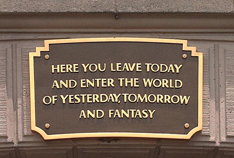 Placa de entrada a Disneyland.