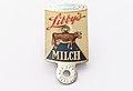Dosenlocher Libby's Milch, SahiFa Braunschweig, AP3Q0090 edit.jpg