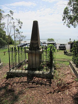 Dunwich Cemetery - Dunwich Cemetery overlooking Moreton Bay, 2015