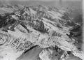 ETH-BIB-Oberalpsee, Piz Giuv, Rheintal, Oberalpstock, Tödi v. S. W. aus 3500 m-Inlandflüge-LBS MH01-001351.tif