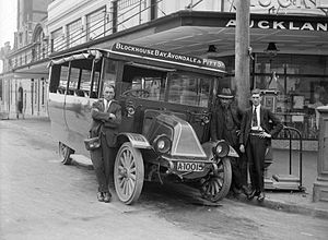 Public transport in Auckland - A bus in the 1910s or 1920s.
