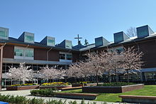 Eastside Catholic School - Wikipedia