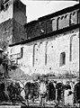 Eglise Saint-Laurent - Façade latérale et restes du cloître - Saint-Guilhem-le-Désert - Médiathèque de l'architecture et du patrimoine - APMH00033994.jpg
