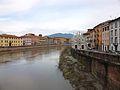 El riu Arno al seu pas per Pisa.JPG