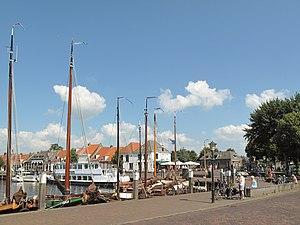 Elburg - Image: Elburg, straatzicht Havenkade foto 2 2013 07 15 15.24