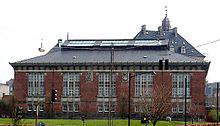 Archivio del lavoro, progetto di Hack Kampmann, costruito nel periodo 1898-1902, fu originariamente la Biblioteca di Stato.