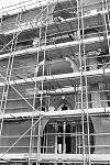exterieur (tijdens restauratie), klokkentoren, gedeelte - delft - 20283042 - rce