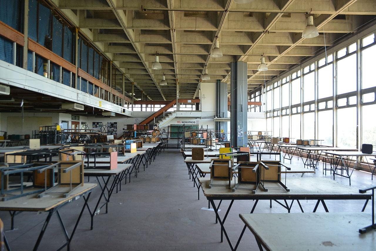 File facultad de arquitectura dise o y urbanismo for Facultad de arquitectura uni