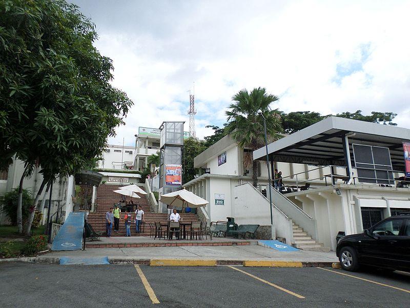 Facultad de Educación Técnica para el Desarrollo.jpg