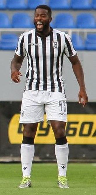 Fernando Varela (Cape Verdean footballer) - Varela playing for PAOK in 2017