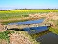 Footbridge, Abbatridge Sewer - geograph.org.uk - 393947.jpg