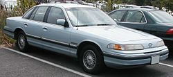 Ford Crown Victoria (1992–1993)