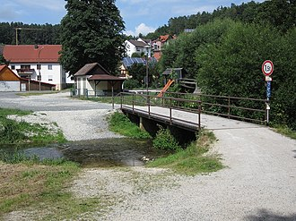 Ford (crossing) - A ford next to a bridge that can carry only 1.5 tonnes in Aufseß, Germany
