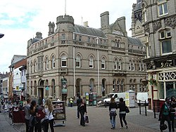 Former bank on Thurland Street, Nottingham.jpg