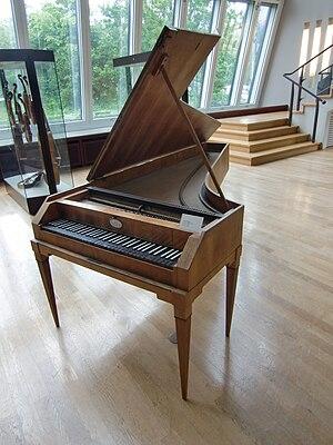 Anton Walter - Fortepiano by Anton Walter (Vienna, ca. 1810) – Berlin, Musikinstrumentenmuseum