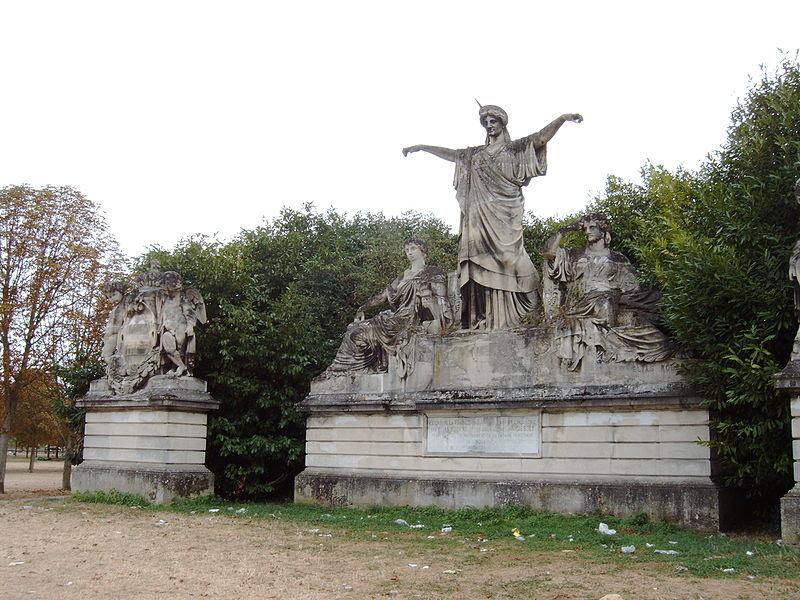 File:France crowning Art and Industry, 2009-09-03 017.JPG